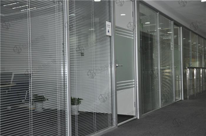 办公室玻璃隔断效果图(100%实景)图片