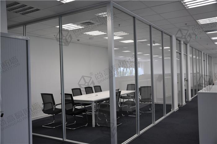 防火玻璃隔断装修办公室选购;时尚高端隔断墙