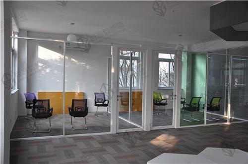 5a写字楼隔断装修办公室成品玻璃隔断