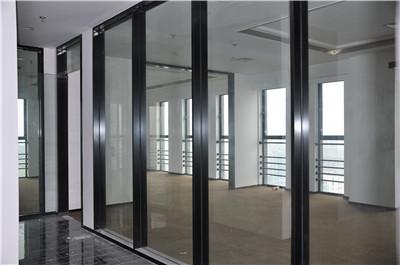 办公室玻璃隔断如何选择?尚高为您解答