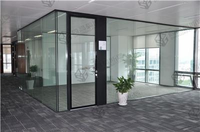 玻璃隔断墙节能环保还省电图片