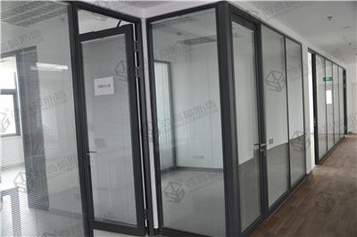 玻璃隔断墙优点多多,实用性强