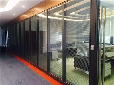 办公室玻璃隔断墙高效,创新,环保