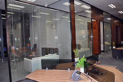 办公室玻璃隔墙装修的设计要求