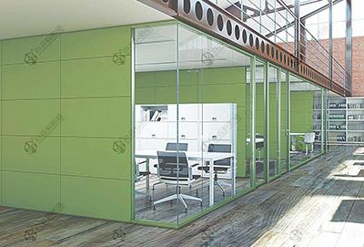 玻璃隔断在办公室各个区域之中的不同作用