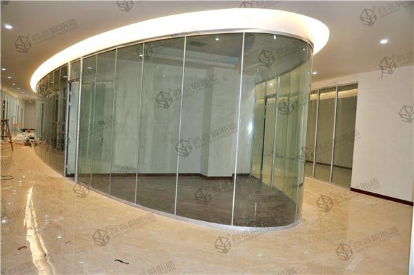 D80弯钢单层玻璃隔断