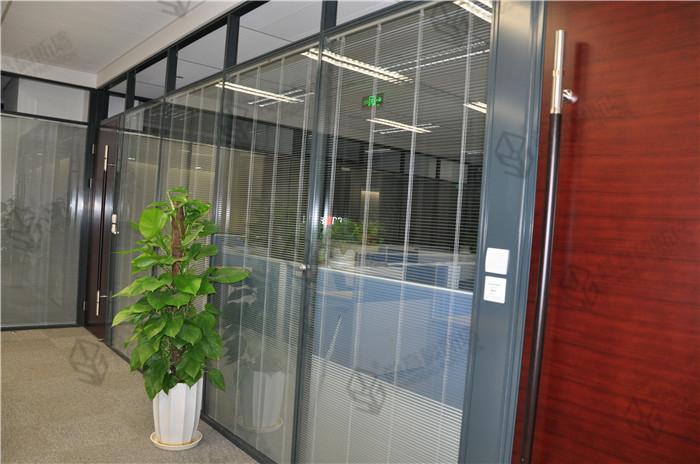 双层玻璃内置百叶隔断