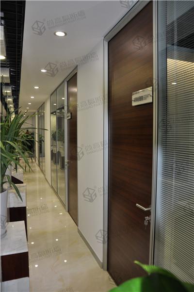 专注玻璃隔断的厂家 办公室装修首选